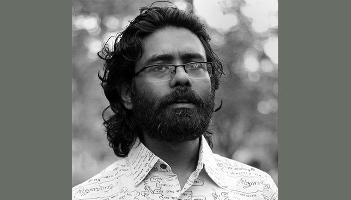 প্রচ্ছদশিল্পী মামুন হোসাইন।