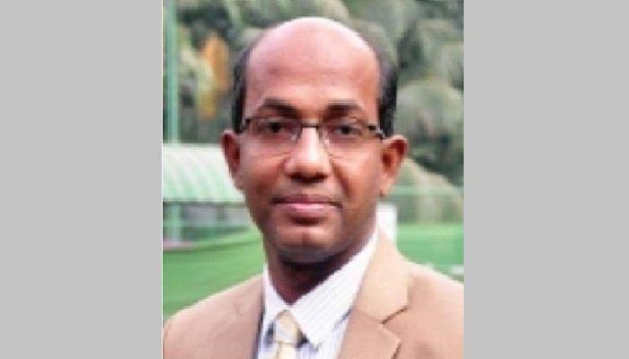 কুমিল্লা বিশ্ববিদ্যালয়ের নতুন ট্রেজারার ড. আসাদুজ্জামান