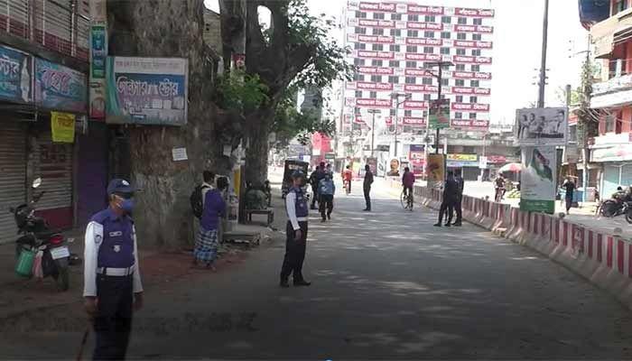 ছবি: ঝিনাইদহ প্র্রতিনিধি