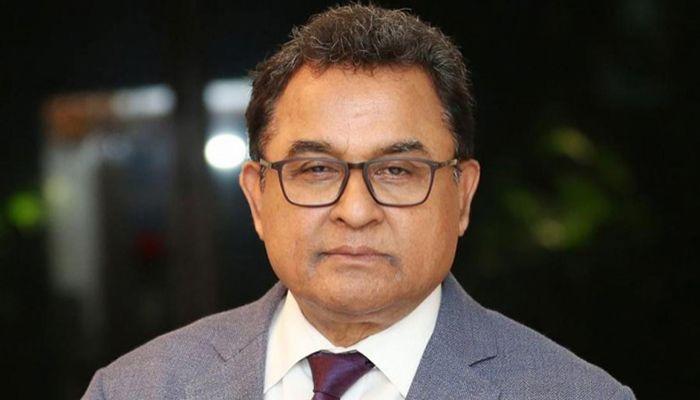 অর্থমন্ত্রী আ হ ম মুস্তফা কামাল